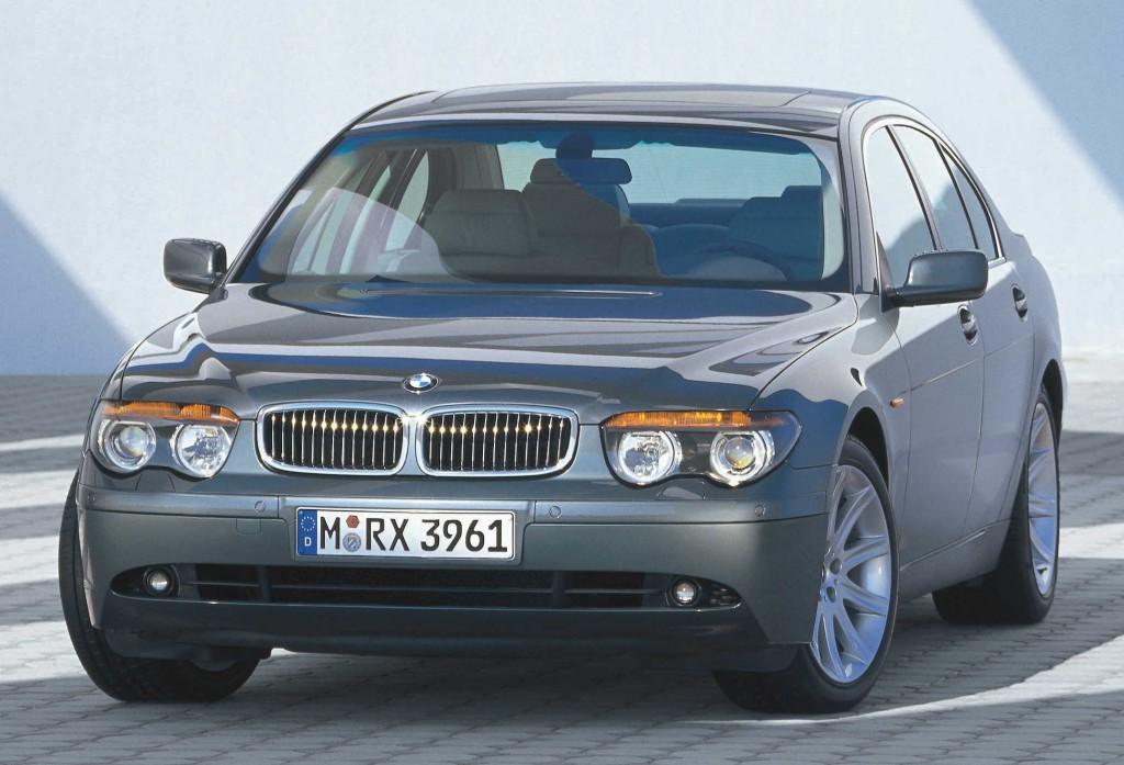 BMW отзывает 7-ки
