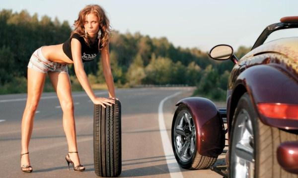Девушка из шин
